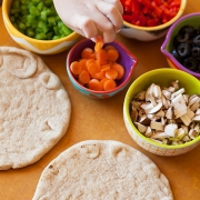 Whole Grain Pita Pizzas