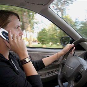 New Law Banning Cell Phone Use For Teen Drivers Goes Into Effect